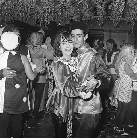 Baile de disfraces_1967_Horacio Gil Ochoa