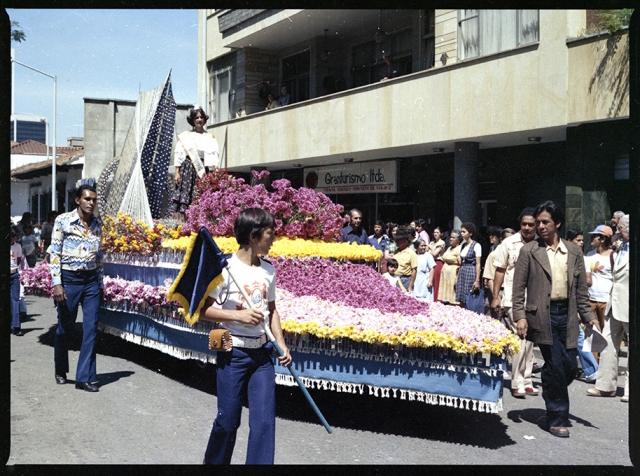 Desfile de las flores_1978_Diego García DIGAR